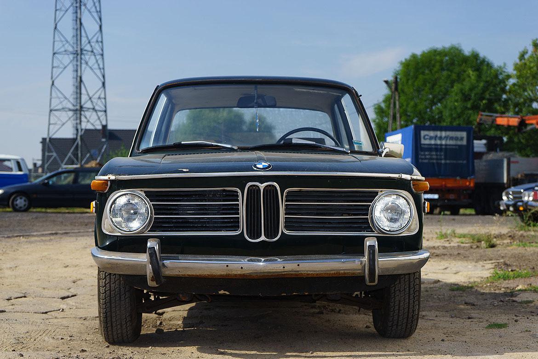 BMW 2002 Automatic