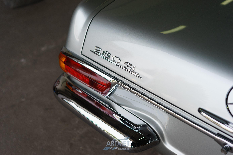 Mercedes-Benz 280 SL W113
