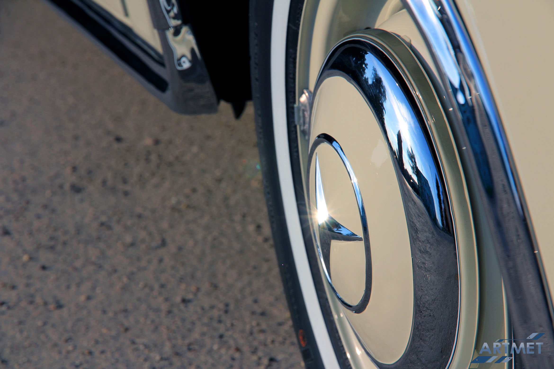 Mercedes-Benz 220 SE Coupe