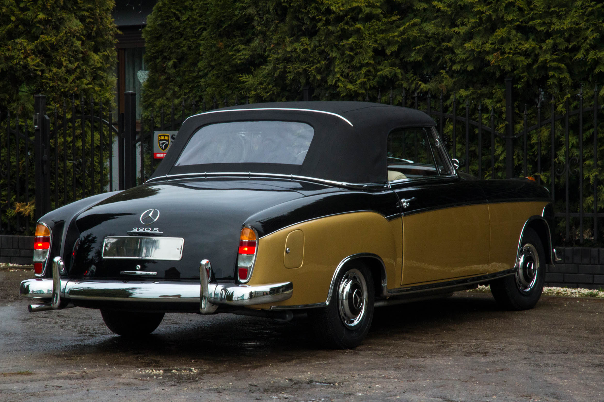 Mercedes 220 S Coupe